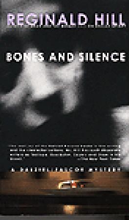 Huesos y silencio
