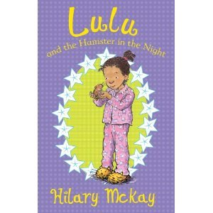 Lulu y el hámster en la noche