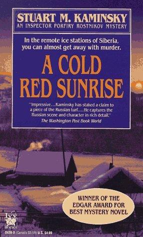Una salida del sol fría del rojo