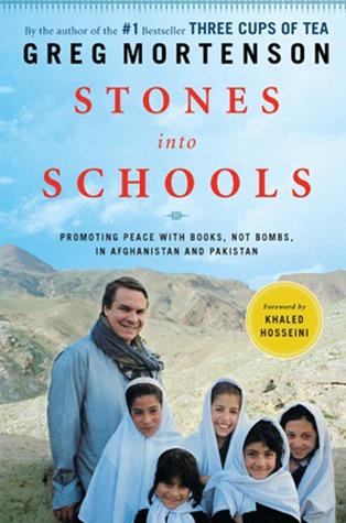 Piedras en escuelas: Promoviendo la paz con libros, no bombas, en Afganistán y Pakistán